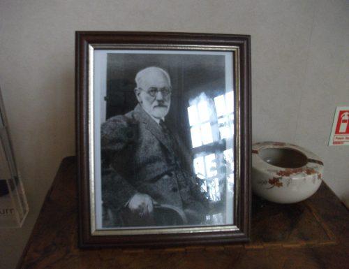 Freud e l'origine della nevrosi: il ritorno del rimosso