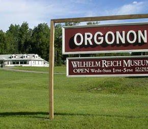 museum-orgonon_sign